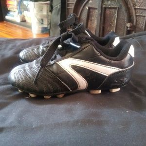 Childrens Cleats